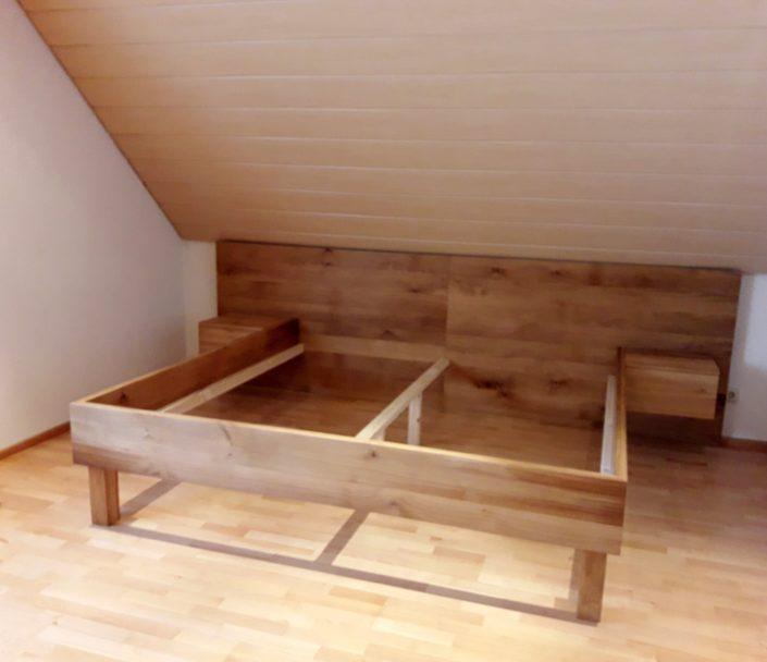 Bett von Zachi Wiedner Möbel&Raumdesign
