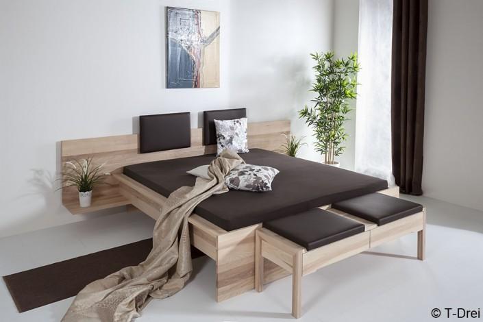 Bett T-Drei- Zachi Wiedner Möbel&Raumdesign