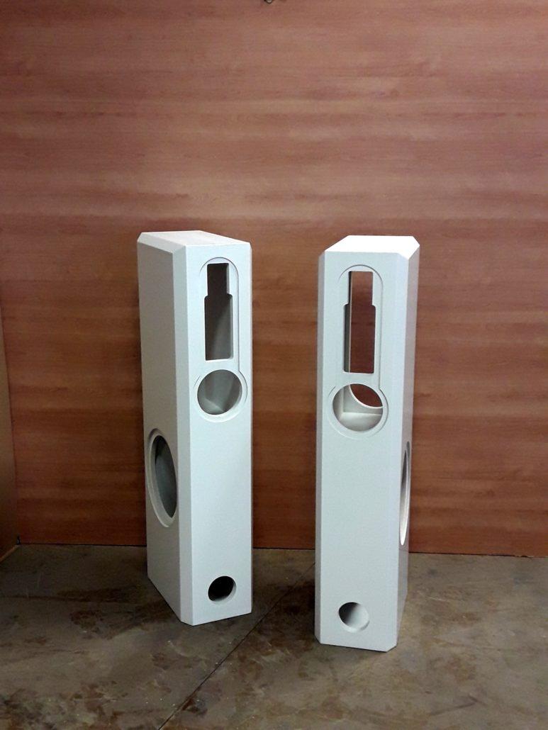 Lautsprecherboxen von Zachi Wiedner Möbel&Raumdesign