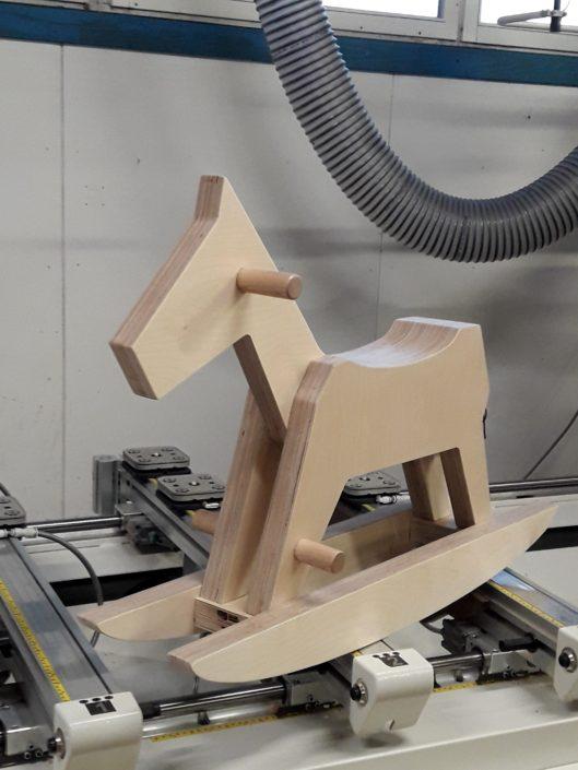 Schaukelpferd von Zachi Wiedner Möbel&Raumdesign